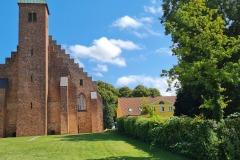 Domkirke og bispegård